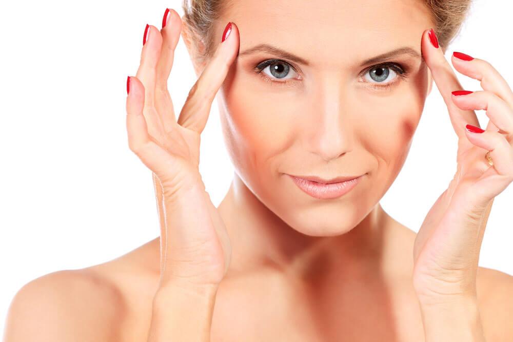 Faltenbehandlung Dörschner - Hautverjünung mit Hyaluronsäure in Nürnberg